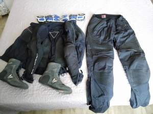 Motocycle suits - Suits (Men) on Aster Vender