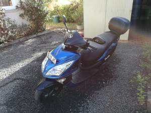 KMC Sharpy Scooter For Sale - Scooters (above 50cc) on Aster Vender