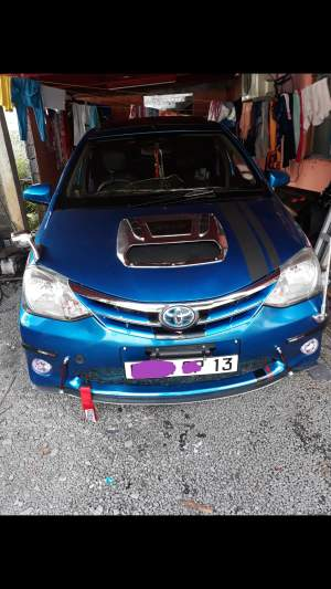 Toyota Etios Hatchback 2013 - Family Cars on Aster Vender