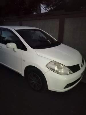 Nissan tiida 07 - Family Cars on Aster Vender