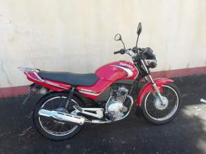 YAHAMA YBR 125CC - Roadsters on Aster Vender