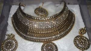 Bridal set - Necklaces on Aster Vender
