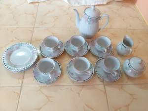 A whole Tea set - Antiques on Aster Vender