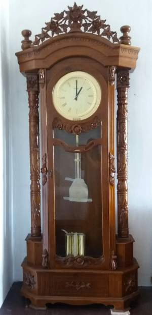 Standing Clock - Interior Decor on Aster Vender