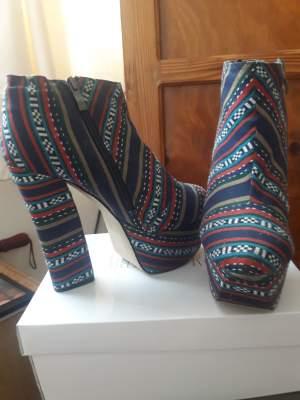 Boots multicolor
