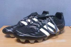 Adidas Puntero Soccer shoes