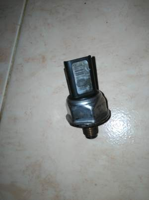 1.6 HDI COMMONRAIL SENSOR - Spare Part on Aster Vender