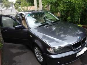BMW 318I  - Luxury Cars on Aster Vender