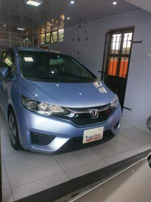 HONDA FIT  L PACKAGE YR DEC 2015   - Family Cars on Aster Vender