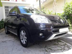 2009 Renault Koleos Executive SUV - SUV Cars on Aster Vender
