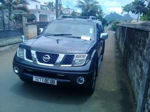 4x4 nissan navarra 2008 - Pickup trucks (4x4 & 4x2) on Aster Vender