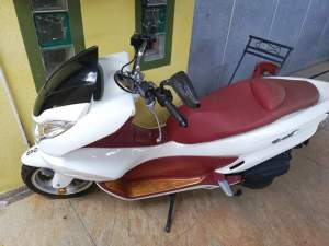 scooter 150 cc - Scooters (above 50cc) on Aster Vender