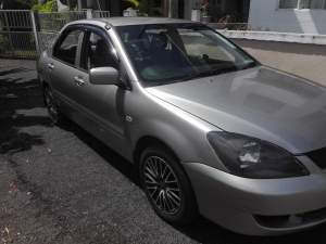 Mitsubishi LAncer GLX 08