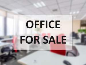 Tamarin sale office space with parking in a secure résidence - Office Space on Aster Vender