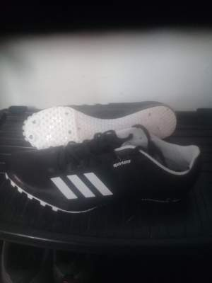 spikes shoes adidas size 42 - Sports outfits on Aster Vender