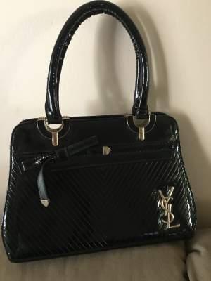 Handbag black - Other Accessories on Aster Vender