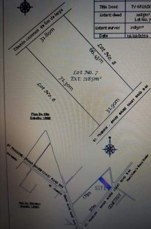 Plot for sale in Royal Road Grand Gaube, near Seaside and Mythic PDS - Land on Aster Vender