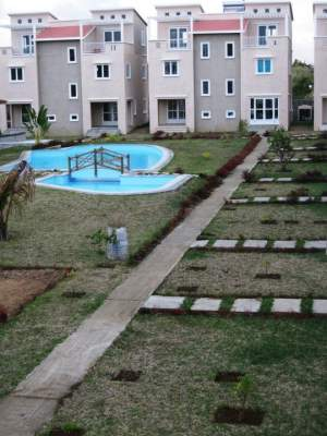 A vendre / For Sale - Bungalow Triplex Meublé a Grand Gaube - Apartments on Aster Vender