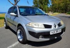 For Sale Renault Megane MR 08 - Family Cars on Aster Vender