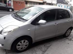 toyota vitz 06 - Compact cars on Aster Vender