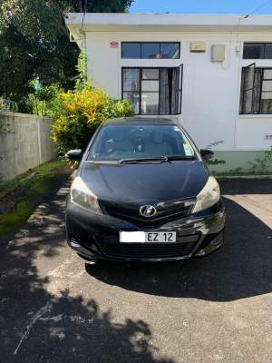 Toyota Vitz June 2012 - Compact cars on Aster Vender