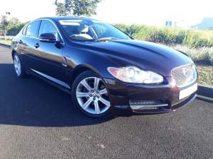 2010 Jaguar XF 2.0 - Luxury Cars on Aster Vender
