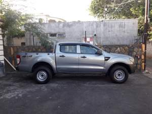ford ranger - Pickup trucks (4x4 & 4x2) on Aster Vender