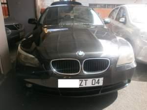 BMW 523i - Family Cars on Aster Vender