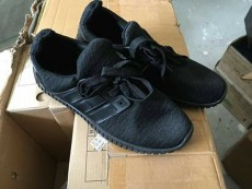 Shoes for sale - Sneakers on Aster Vender