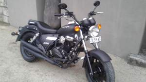 Moto for sale - Roadsters on Aster Vender
