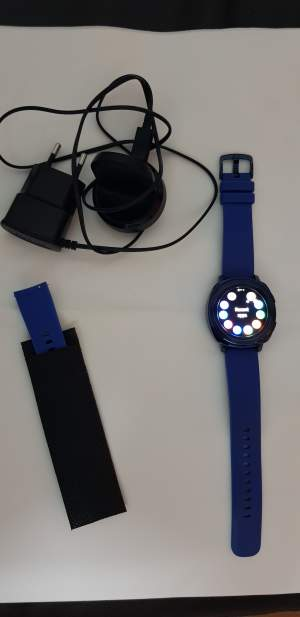 Samsung gear sport - Other phone accessories on Aster Vender