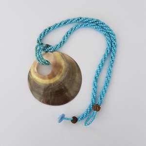 Collier et pendentif - Necklaces on Aster Vender
