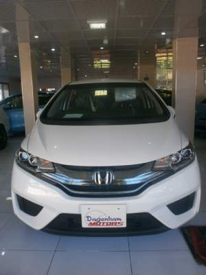 HONDA FIT  L PACKAGE YR MAY 2015 - Family Cars on Aster Vender