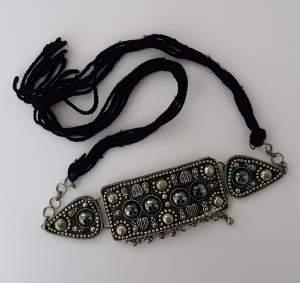 Collier ras du cou - Necklaces on Aster Vender