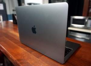 APPLE MACBOOK PRO 256 GB  - 15 POUCES – CORE I7 - Laptop on Aster Vender