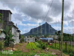 Residential land of 6.8 perches is for sale in L'Agrément, St Pierre  - Land on Aster Vender
