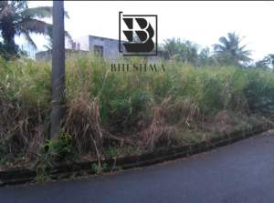 5.5 perches @ Morc Constance Flacq @ Rs 800,000 - Land on Aster Vender