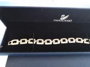 swarovski - Bracelet jewelry on Aster Vender