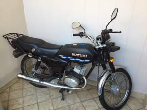 Suzuki - AX - 100 - Serie Z - Roadsters on Aster Vender