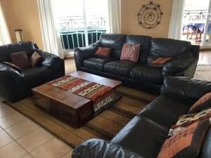 VEND SET DE 3 CANAPES EN CUIR - OCCASION A NE PAS MANQUER! - Sofas couches on Aster Vender