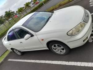 Nissan n17 - Family Cars on Aster Vender