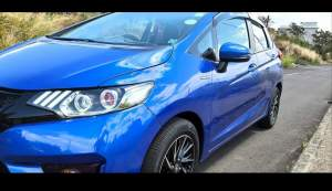 HONDA FIT HYBRID  - Family Cars on Aster Vender