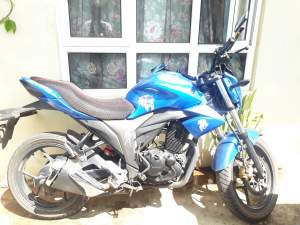 Suzuki Gixxer Year 2016 - Sports Bike on Aster Vender