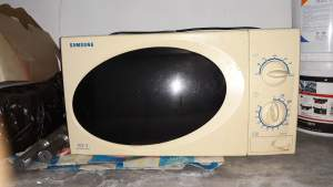 Microwave Samsung - Others on Aster Vender