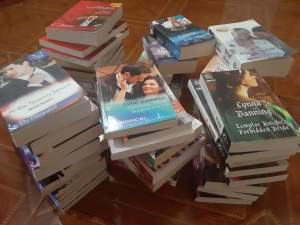 Livres a vendre - Fictional books on Aster Vender
