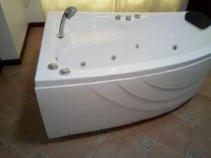 jacuzzi - Bathroom on Aster Vender
