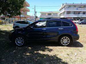 Honda CRV AWD executive version - SUV Cars on Aster Vender