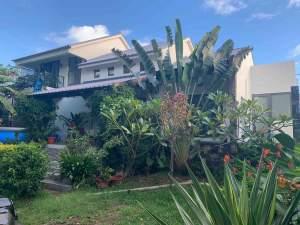 A vendre belle villa contemporaine avec jardin arboré  - House on Aster Vender