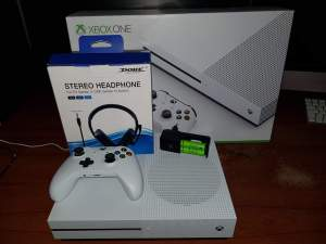 Xbox One S - Others on Aster Vender
