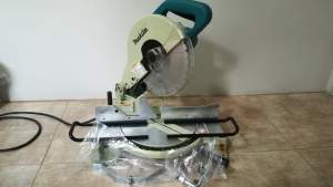 Mitre Saw FOR SALE - All Hand Power Tools on Aster Vender